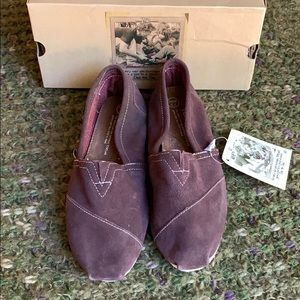🆕NWT Toms Brown Suede Classic Slip On 7.5